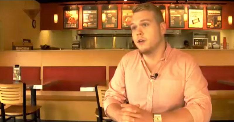 這名粗獷的速食餐廳員工對一位殘疾女士所做的事,讓網友都忍不住瘋狂轉發。
