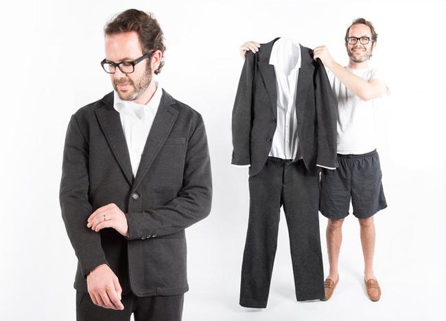 看完這套秒穿脫還可以當睡衣穿的超舒服「西裝連身裝」,我決定把衣櫃的麻煩西裝套裝全部丟掉!