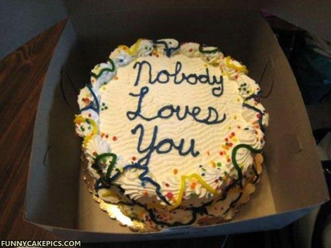 16個看起來噁心到你一定吃不下去的可口蛋糕,會讓你收到後可能會想要跟送你的人絕交!