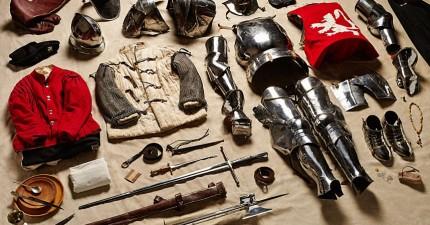 13張千年來各個時代的士兵裝備。1485年的裝備穿上去還能動嗎?