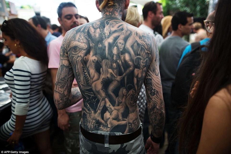這些世界紋身大會挑戰者會刺激你的感官到爆掉...我真的不知該喊好美還是好痛!