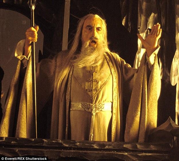 14個有剛過世傳奇演員克里斯多福李不為人知的超猛事蹟。