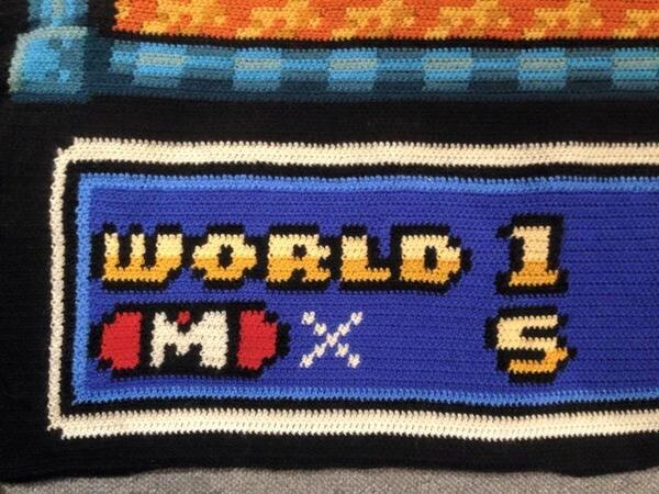 他花了6.5年編織出最細膩完美的瑪莉歐被子!我們已經無法形容仔細看時的感動了...!