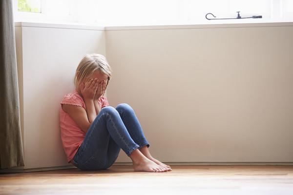 24歲身體健康的少女一心求死,在聽完她的想法後,醫生居然准許賜她安樂死?!
