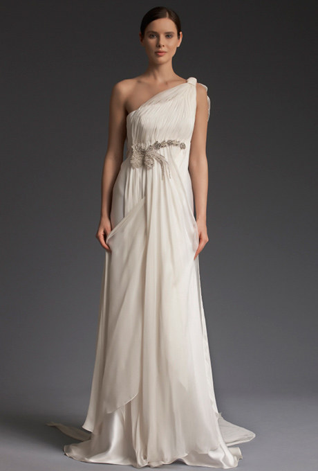 So does this Victoria Kyriakides gown.