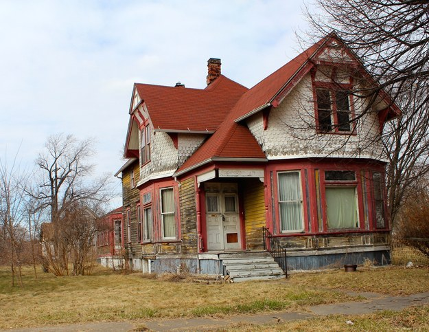 絕非開玩笑!你現在可以用15,000元台幣在美國底特律買下整棟房子!只是...