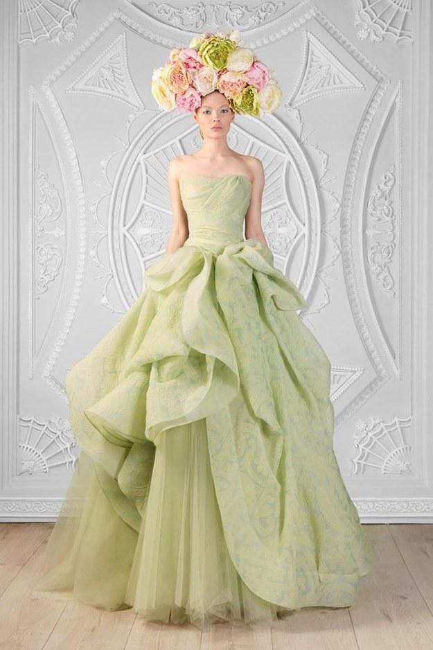 11個迪士尼公主的完美婚紗造型,每個女生穿上都一定會過著幸福快樂的日子!