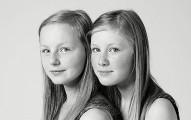 14對完全沒有血緣關係但長得完全一樣的「驚奇雙胞胎」!