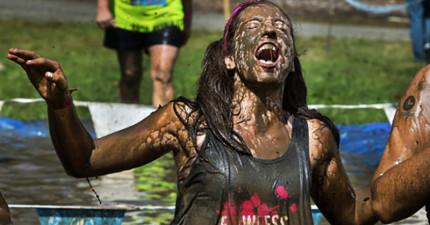 泥漿路跑參賽者在賽事過了幾天上吐下瀉才發現...這不是普通的泥土。