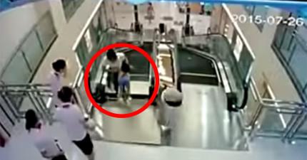 監視器拍到這對母子在搭手扶梯時地板瞬間崩塌,母親被捲死前做的事情真的太偉大了!