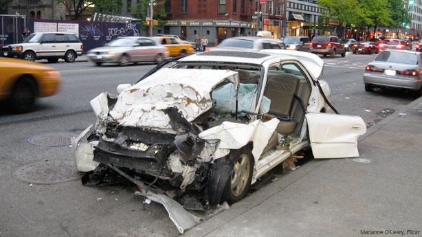 車被刮到是最讓人不爽的感覺,但其實有一個超便宜方法可以輕鬆修復刮痕喔!