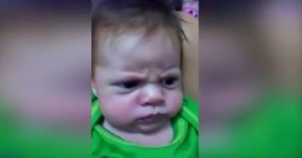 這位超不爽小嬰兒的猙獰表情絕對比你老爸不爽時還要兇!