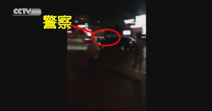 這個趴在車上試著防止高速逃逸酒駕的警察會讓你再次對警察充滿信心!驚險過程讓我看得一把冷汗!