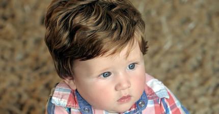 因為超強基因,這個寶寶才6個月大頭髮就濃密到必須剪兩次頭髮了!