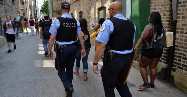 這個城鎮的警察決定「不再逮捕吸毒犯」,兩個月後效果好到讓很多人都難以置信!