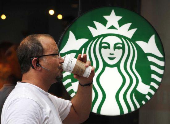 星巴克店員揭露史上最強奧客「每天喝免費星巴克咖啡」的超級奧步!