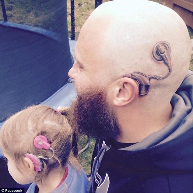 這個父親頭上為了6歲女兒而刺的刺青,已經讓全網路都感動到瘋傳!