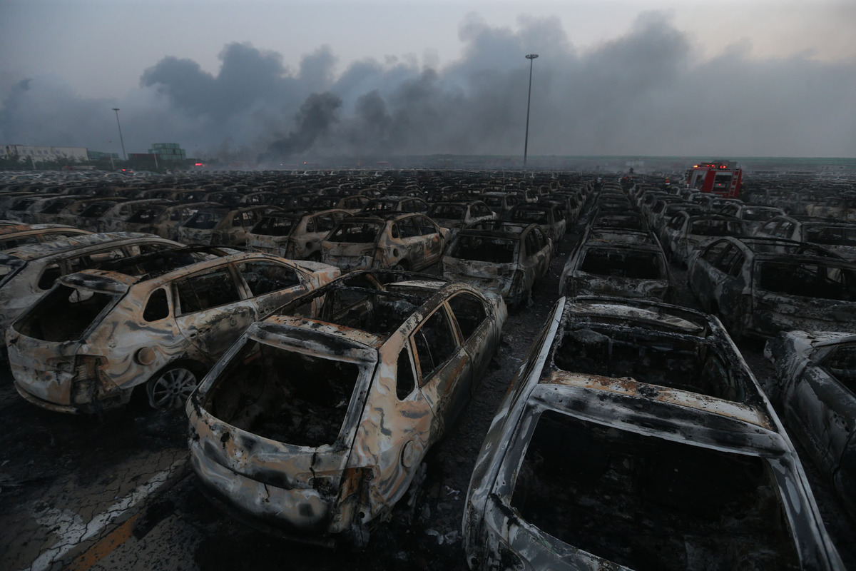 天津大爆炸災難最恐怖的不是爆炸本身,而是結束後的超真實末日場景。