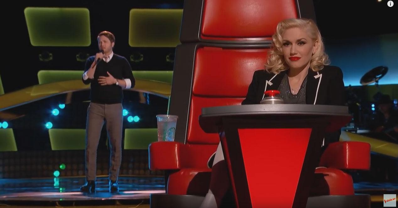 評審全部同時轉過身來時都不敢相信是誰在唱歌!
