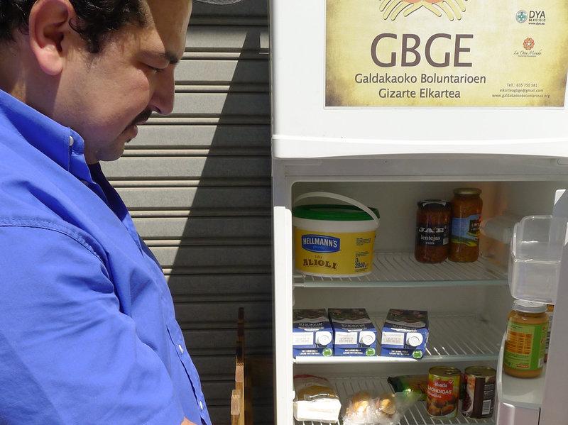 一些奇怪的冰箱出現在西班牙小鎮,背後的原因會拯救全世界!