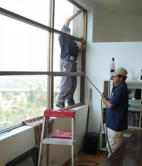 funny-photos-men-safety-fails-45__605