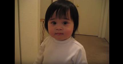 這個小女生不會發音「Frog」,太用力發音不停說出來的髒話讓所有人都笑炸了!