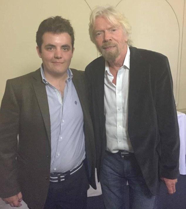 他從小有閱讀障礙被人霸凌曾經想要自殺,結果他繼續努力讓那些霸凌者都成為了他的員工!