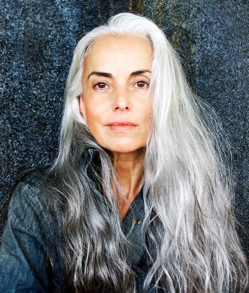63歲阿嬤的臉蛋已經超Q彈 身材才真的猛「逼死一堆年輕妹子」