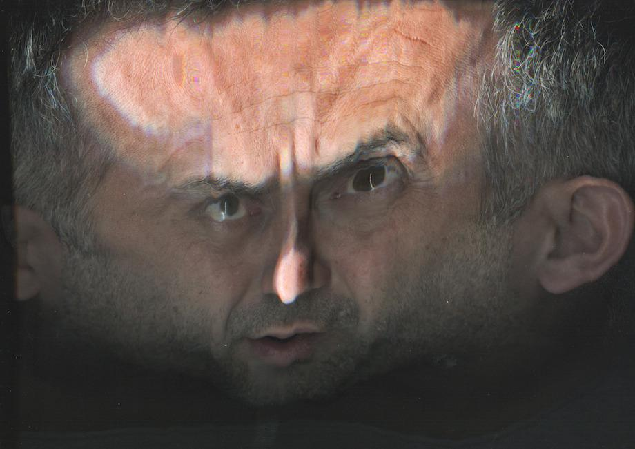 17張被掃瞄機掃描的人臉,就是會讓你失去睡眠的可怕惡夢。