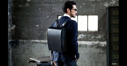 日本剛推出了這個「給大人用的小學生書包」,看完裡頭的超棒設計我完全願意花26K買一個回家。