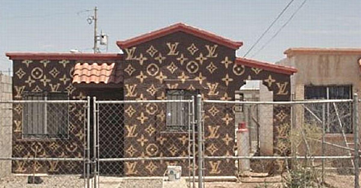 Louis-Vuitton-Logo-House