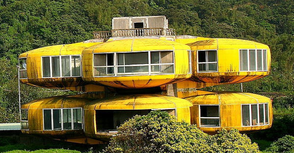 The-UFO-House