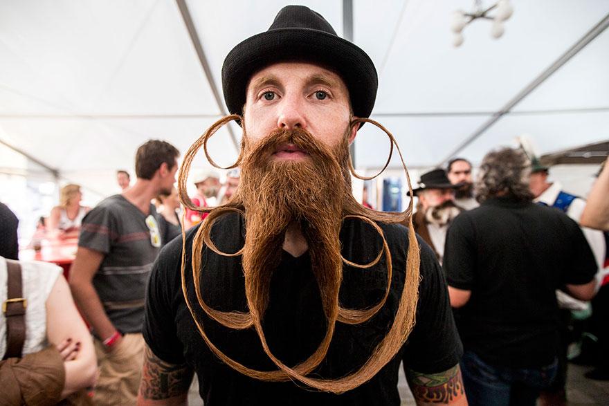 看完2015年鬍子大賽的參賽者之後,我認為我的人生終於圓滿了...!