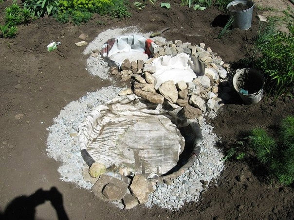 Recycled Tires Pond 06