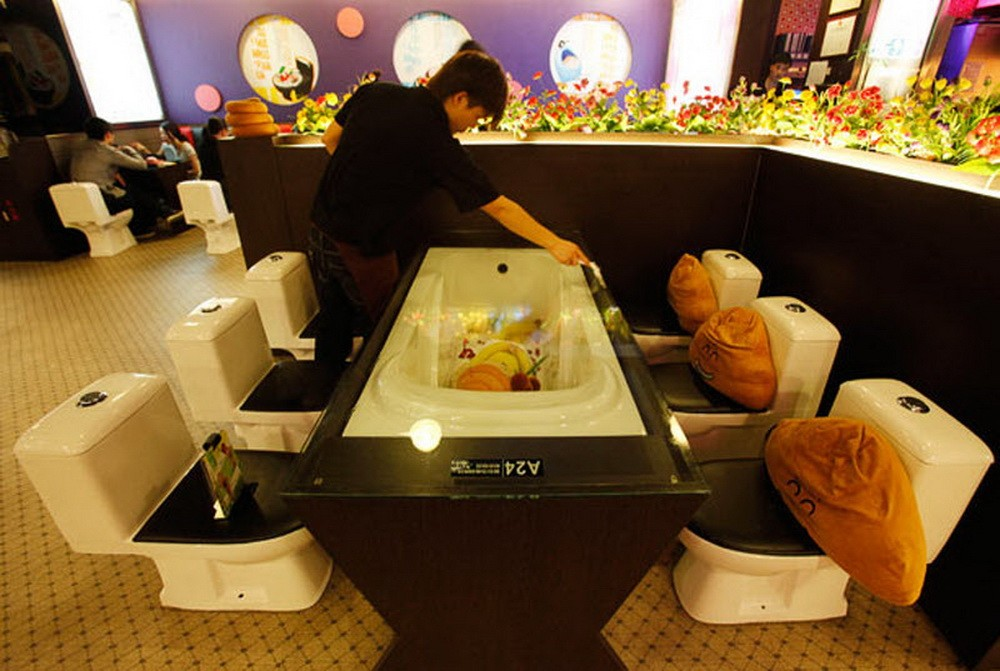 12家就算食物不好吃一生也願意去一次的「怪餐廳」,#2比直接坐上雲霄飛車還過癮啊!