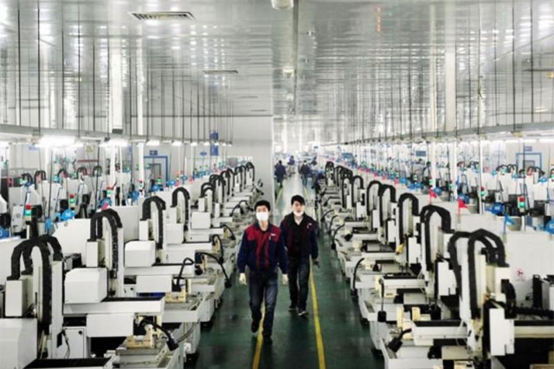 這位工廠女工原本一天賺不到30塊錢,後來經歷奮鬥後成為身價2200億的超級女富豪!