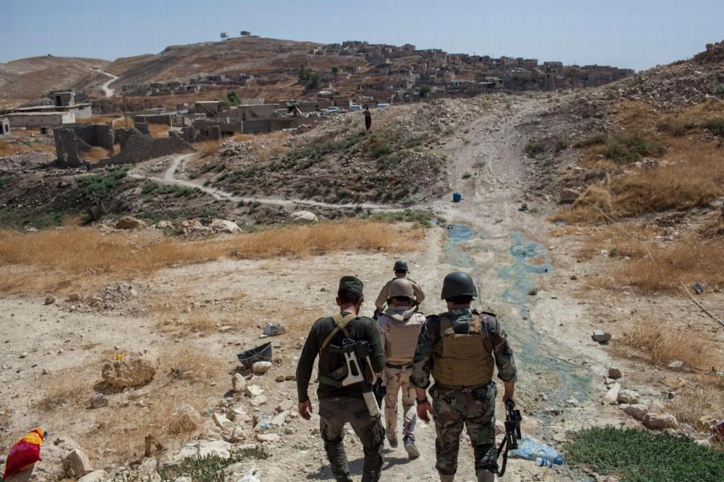 Peshmerga-troops-at-their-base-in-Sinjar-Iraq (1)