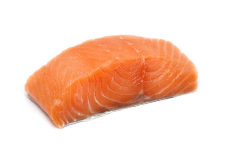 你通常吃的「橘色鮭魚」都是假的!這種灰色的才是真的!