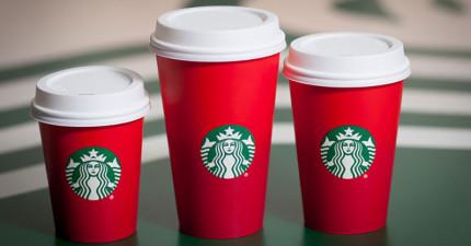 今年新推出的星巴克聖誕節季節限定杯設計惹火了不少人,有許多基督徒更是怒到揚言抵制星巴克!