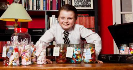 這名英國小男孩雖然才11歲但已經創業大賺一筆,他的超猛年收入會讓你忍不住問:「有缺乾兒子嗎?」