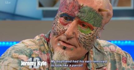 這位嘗試極限人體改造的「鸚鵡人」之前猛受到網友抨擊,但現在看到他在電視節目上的表現讓大家都愛上他了!