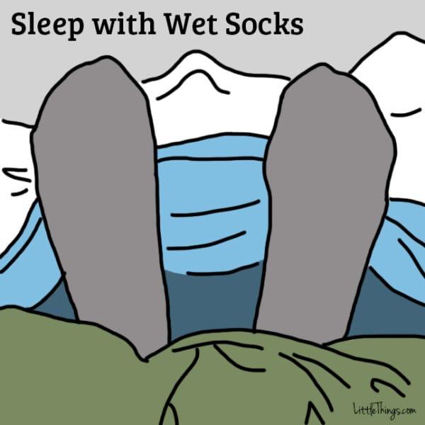 11個證實能快速消滅你的生病感冒的超猛療法,穿著濕襪子睡覺沒想到這麼有效!