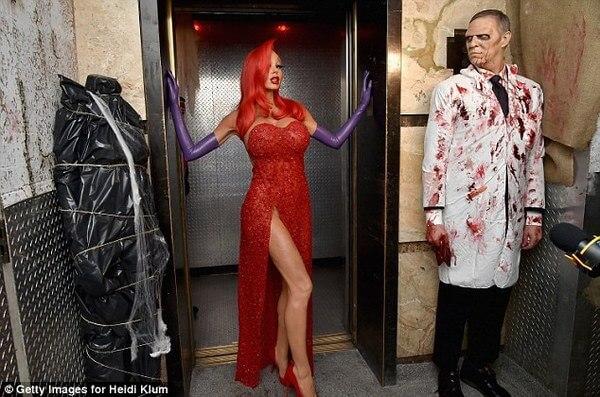 Heidi Klum halloween costume 20