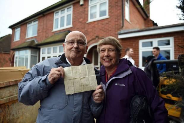 他小時候寫信給聖誕老公公,72年後收到的超感人驚喜讓他覺得一切等待都值得了!