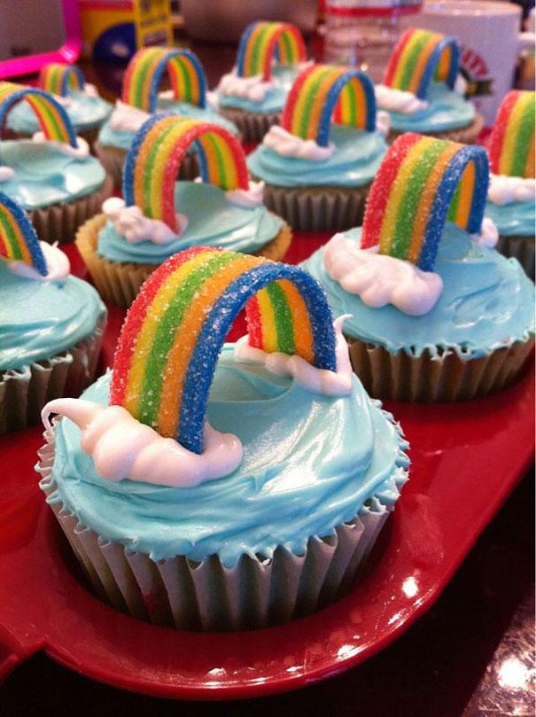 30個會讓你想要變成傳家之寶留給後代的「超夢幻捨不得吃杯子蛋糕」。