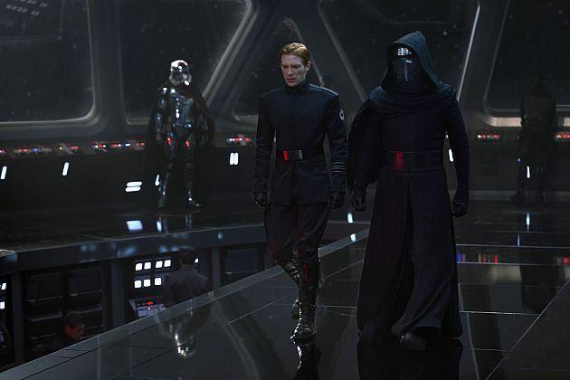 迪士尼的《星際大戰》電玩裡台詞意外洩漏「主角身世之謎」,雖然刪除但已經太晚了...