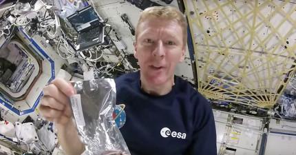 這就是太空人在無重力的外太空「沖泡太空咖啡的唯一辦法」,我覺得這才是更好的沖泡咖啡方法啊!