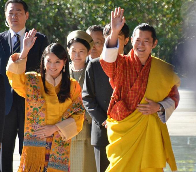 不丹國王17歲郊遊時遇到只有7歲的陌生小女孩就說出了終生浪漫誓言,過了14年...結果會讓你相信「命中註定」!