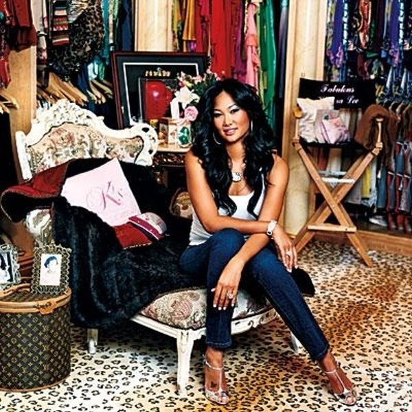 Kimora Lee Simmons combined two actual bedrooms in her home to create her closet. She definitely needs it: The mogul has over 500 pairs of jeans, 35 custom Birkin bags, and a huge jewelry collection.