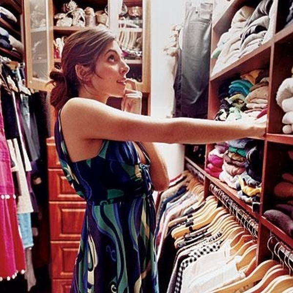 "Jamie-Lynn Sigler, former star on the Sopranos, has a custom closet to keep her stuff organized. ""For years I have not been able to find anything in my closet,"" says Sigler. ""Now I see all my clothes shoes and accessories, even some stuff I completely forgot I had .. with the tags still on them!"""